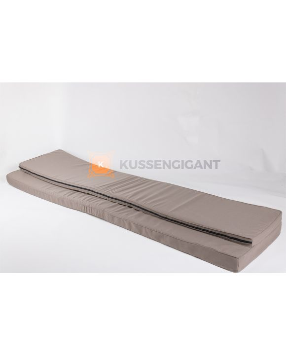 210x45x5 & 210x59x8 Kussens Outdoorstof Taupe